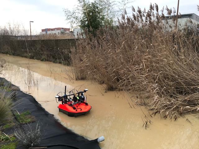 BDS-Bathymétrie-par-drones-aquatiques-milieu-pollué